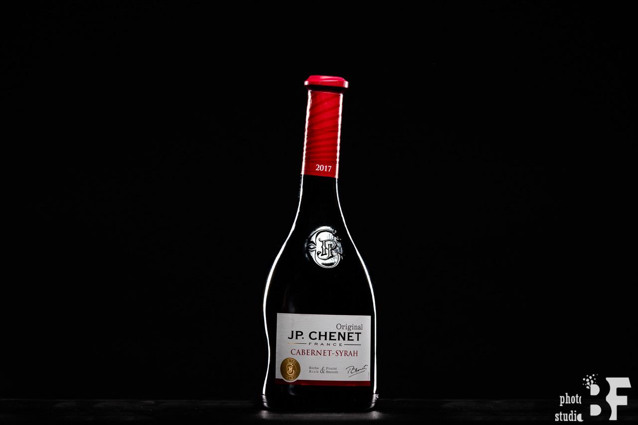 предметна фотография снимка на вино